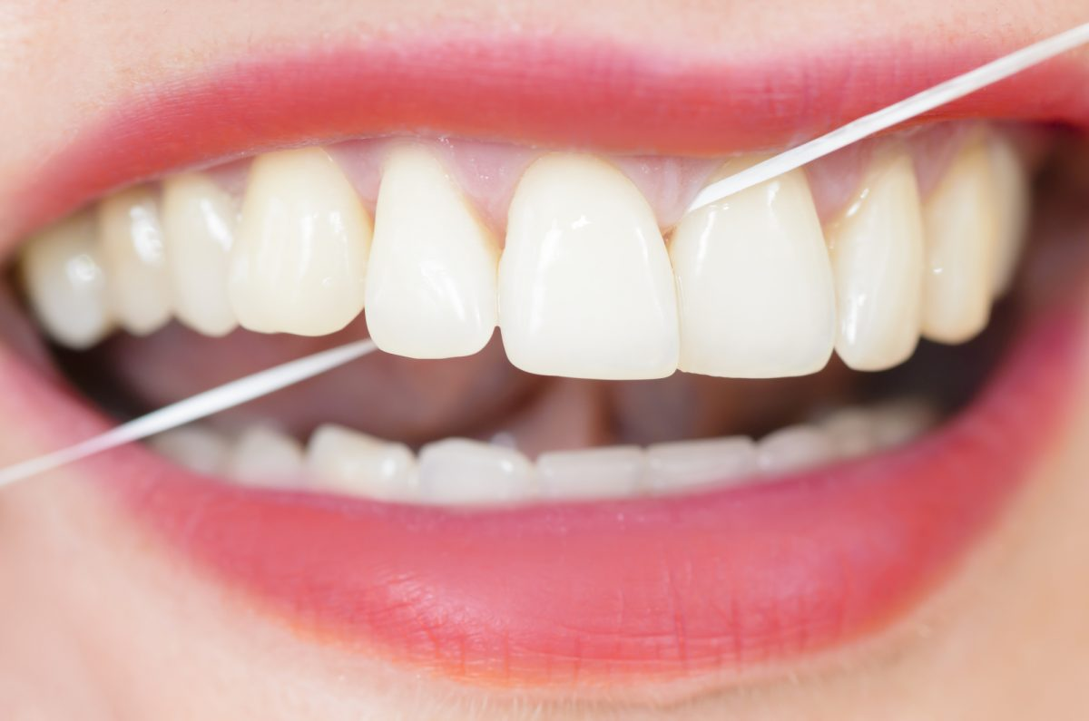 Flossing Healthy Gums